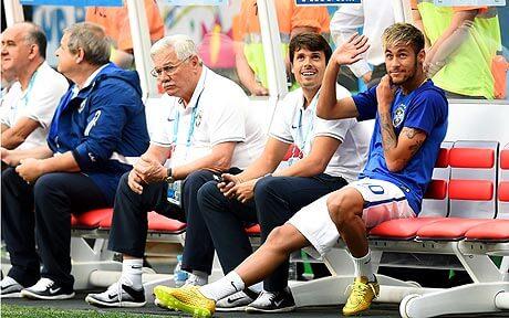 Neymar watching Brazil vs Netherlands 3rd place match