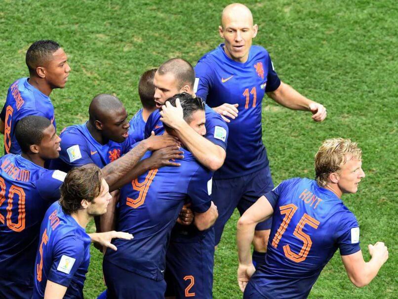 Robin Van Persie & his Team mates Celebrates first goal