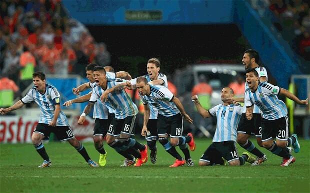 Video Highlights of Netherlands vs Argentina 2014 WC