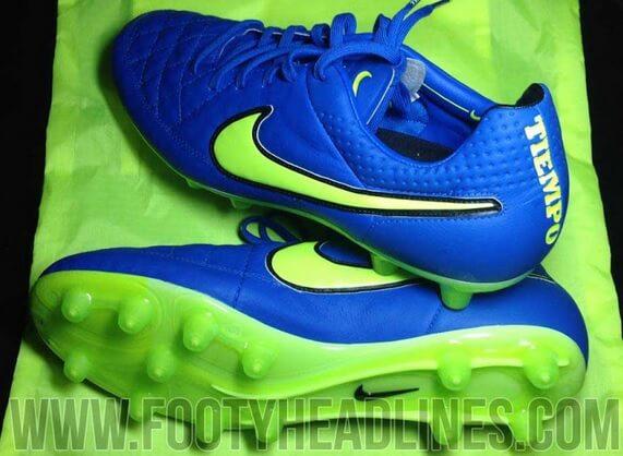 Nike Blue Volt Tiempo Legend 2014-15 footbal boots
