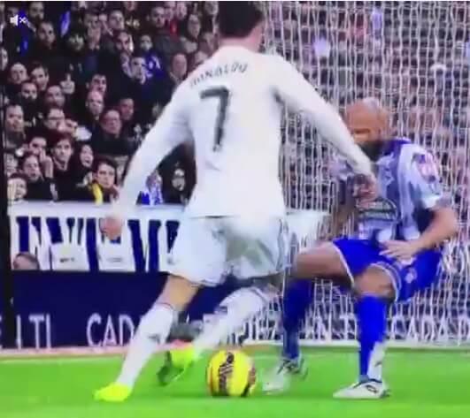 Cristiano Ronaldo nutmeg vs Cordoba defender Pablo
