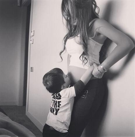 Pregnant Antonella Roccuzzo with Thiago Messi