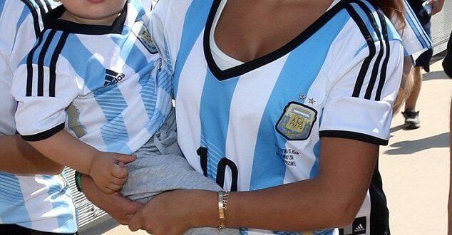 Antonella Roccuzzo Copa America Pictures, Images
