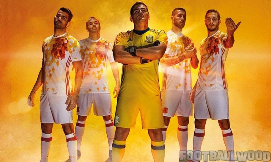 Spain Euro 2016 away kits