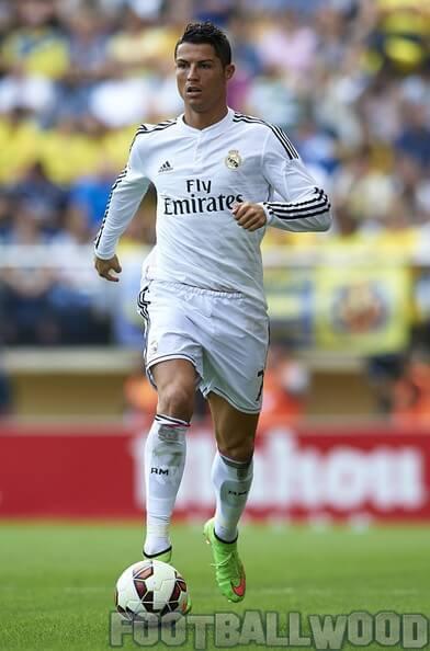 Ronaldo Messi total 1000 career goals (1)