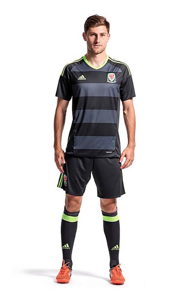 Wales Euro 2016 Away Jersey