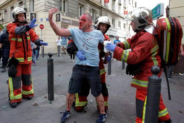 England fan brutally beaten by Russian supporters.