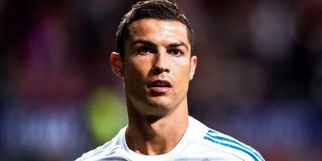 Cristiano Ronaldo Wins The Italian Super Cup For The Squad