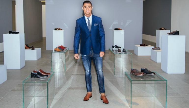 Easy Ways to Get Cristiano Ronaldo Clothing Style
