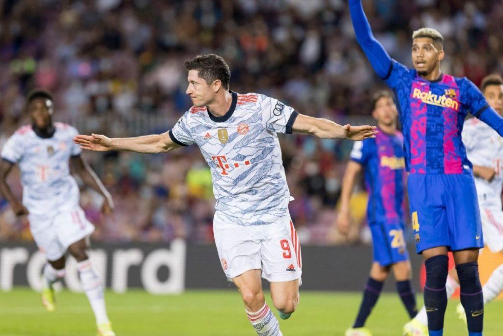 Robert Lewandowski - Camp Nou